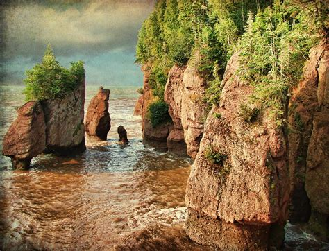 Hopewell Rocks, NB (High Tide) | Another shot of the